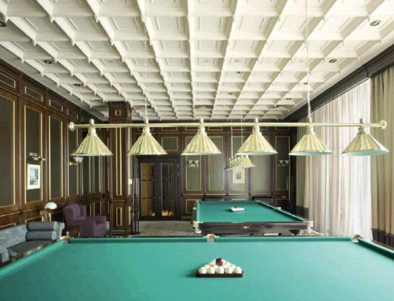 потолок в биллиардной